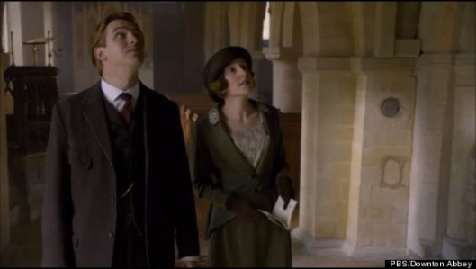 Matthew and Lady Edith (image: http://i.huffpost.com/gen/931186/thumbs/o-DOWNTON-ABBEY-570.jpg?6)